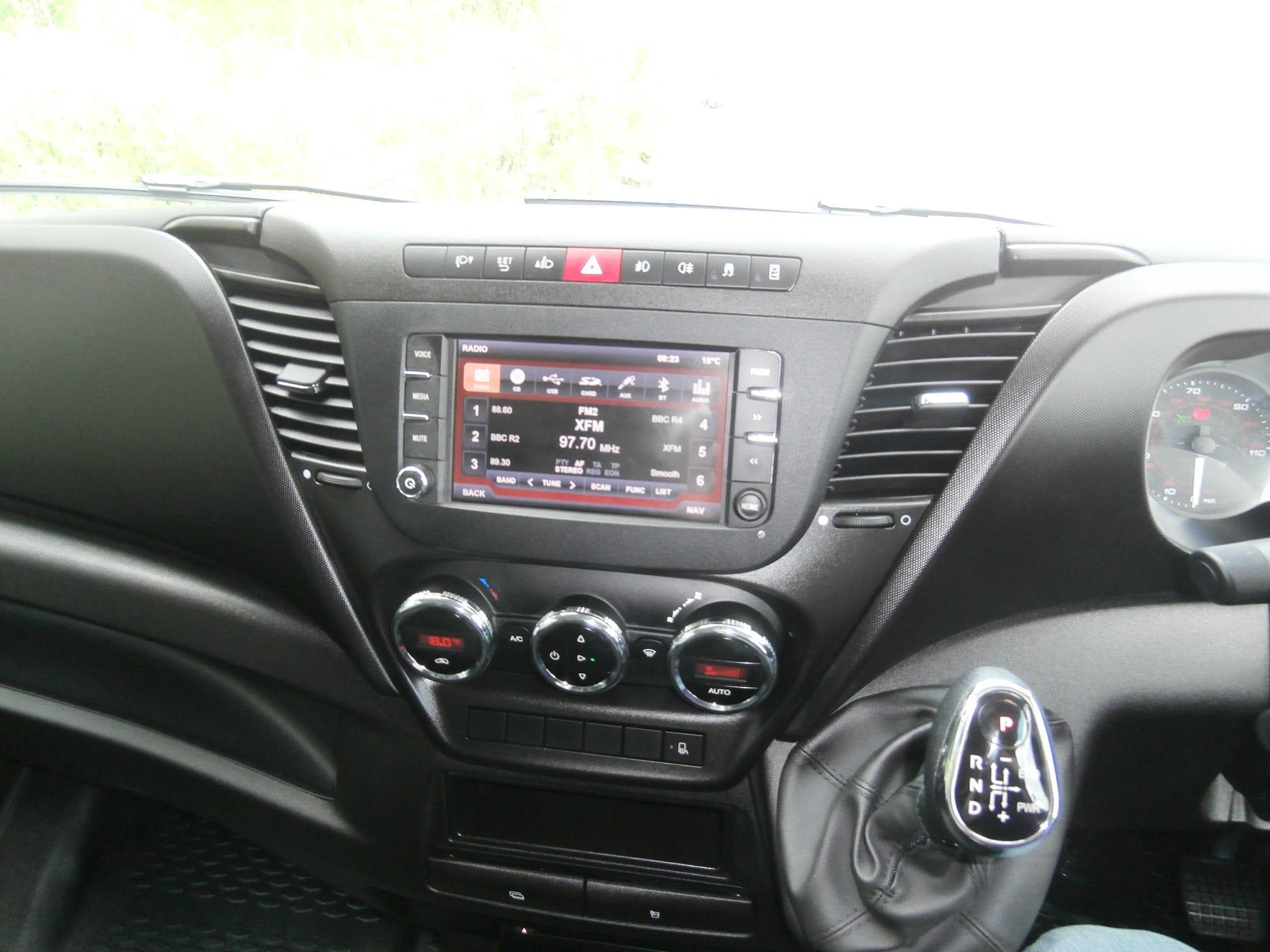 IVECO Daily Hi Matic : Company Car and Van