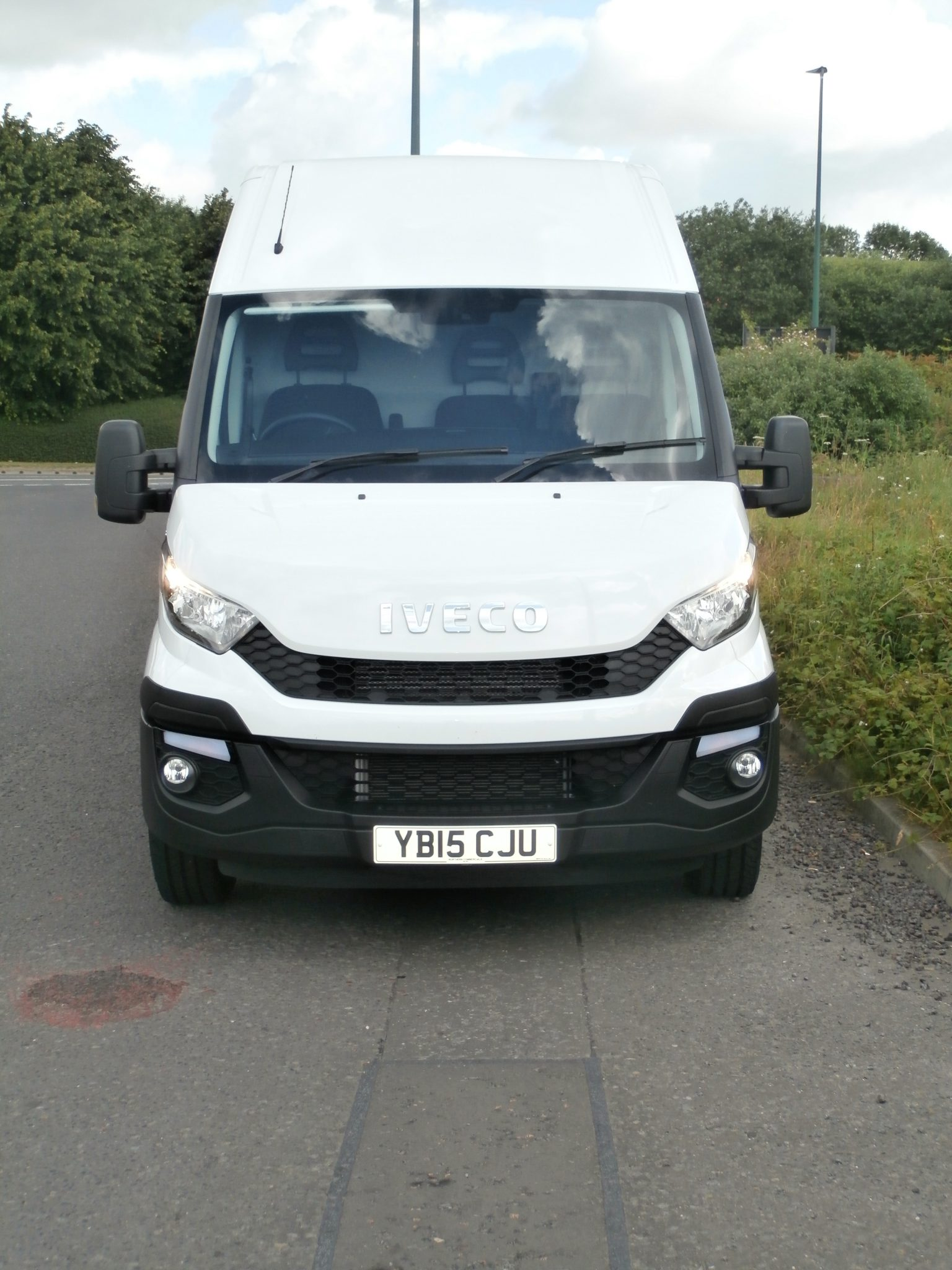IVECO Daily Hi Matic  Company Car and Van